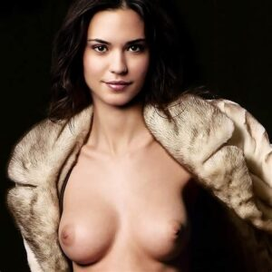 Odette Annable nude